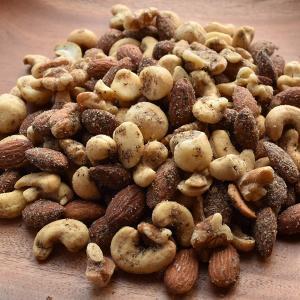黒胡椒ミックスナッツ 500g アーモンド、カシューナッツ、クルミ、マカダミアナッツ ネコポス配送 soupstore