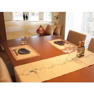 即納 送料無料 シノワズリ シルクテーブルランナー と クッションカバー2枚のセット フラワー sousakuzakka-koto