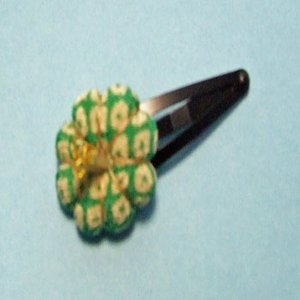 七五三 髪飾り 花遊び 椿のパッチンヘアピン(緑)|sousakuzakka-koto