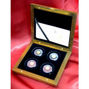 純金 コイン 24金 【専用ボックス付き】 パラオ  ローマ帝国時代の復刻金貨 4種セット パラオ共和国発行 保証書付き|spacein