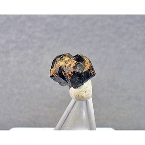 SPESSARTINE(満ばんざくろ石)長野県和田峠0272-06|specimen-lapiz
