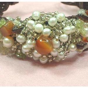 半貴石チップ+淡水真珠ブレスレットjtbl-101|specimen-lapiz
