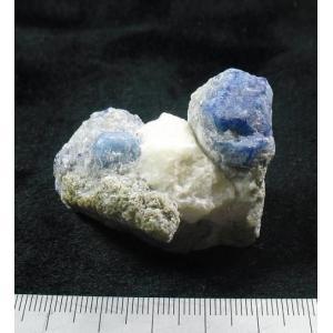 LAZURITE(ラピスラズリ・金雲母)アフガニスタンr-lapis104 specimen-lapiz
