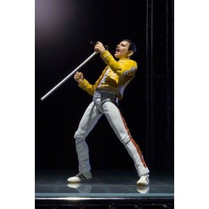 【新品】【即納】S.H.Figuarts フレディ・マーキュリー 『Live at wembley stadium』[BANDAI SPIRITS] 全高約140mm