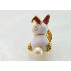 ツジモト真珠のピンブローチ プレーボーイ風 あこや本真珠 タックブローチ うさぎ ホワイト|spicapearl