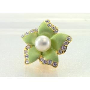 ツジモト真珠のピンブローチ 花 あこや本真珠 タックブローチ  グリーフラワー|spicapearl