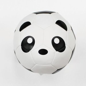 sfidaの人気シリーズ FOOTBALL ZOOのベビーバージョン。 クッションボールなので室内遊...