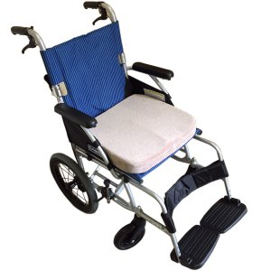 Banane D'or バナーヌドール 車椅子用 低反発 クッション 立体成型 車いす 座布団 選べ...