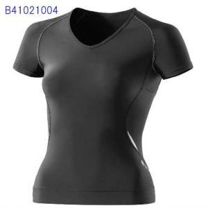 ウイメンズショートスリーブトップ (BLACK / SILVER)  A400 スキンズ  SKINS B41021004 現品限り sportsguide