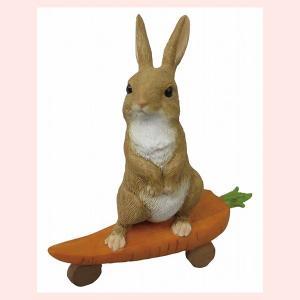 レジン製ウサギのミニオブジェ(キャロットボード)|sshana