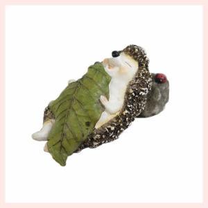 レジン製ハリネズミのミニオブジェ(おやすみ) sshana