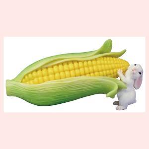 レジン製のミニオブジェ(生き物と野菜シリーズ)/ウサギとトウモロコシ|sshana