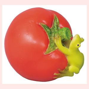 レジン製のミニオブジェ(生き物と野菜シリーズ)/カエルとトマト|sshana