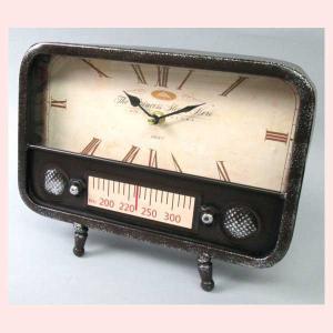 レトロ調なラジオデザインの置時計|sshana