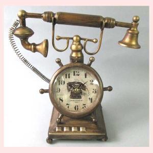 レトロ調な電話デザインの置時計|sshana