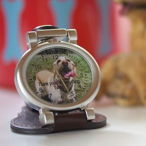 写真 時計「ベルト装着&スタンド2WAY時計 オーバル型」写真文字盤  名入れ オリジナル 記念品 誕生日 新築祝い 結婚祝い 還暦 退職祝い 周年記念 贈り物|starkids