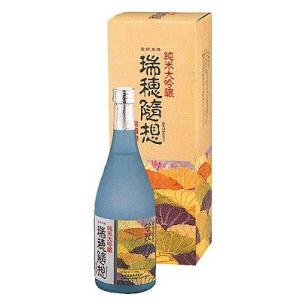 日本酒 笹祝 純米大吟醸 瑞穂随想 720ml ギフト 御歳暮 クリスマス|stary