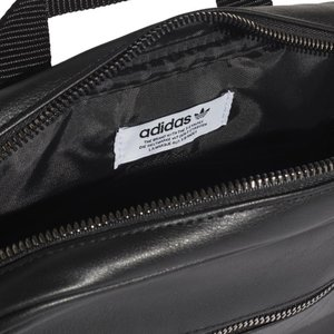 アディダス オリジナルス adidas originals バッグ リュック ミニ エアライン バックパック リュックサック ショルダーバッグ レディース ブランド 黒 金 FL9626 stay 06