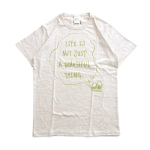Tシャツ ライフ イズ アート × Chos Tシャツ NOT JUST A BEAUTIFUL Oatmeal メンズ|stayblue