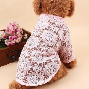 Tシャツアパレルピンクリットルのベスト夏のペットの子犬の犬猫の服をくりぬきますの写真