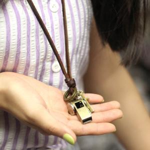 ネックレス ロープ付き レトロ ホイッスル クロス リング ペンダント 装飾