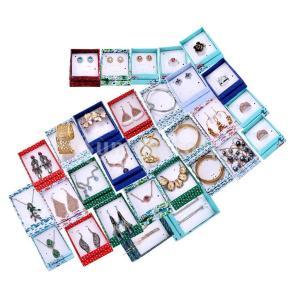 説明:この箱にはあなたはサプライズクリスマスギフトを手に入れています。ランダムで、それぞれの箱にはさ...