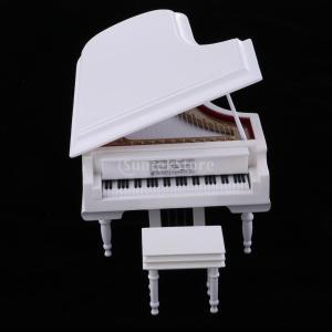 説明: 機械的なオルゴール、バッテリー不要。 優しくピアノの蓋を開け、小さな木を引っ張って、春の音楽...