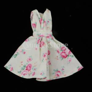説明: 女の子の人形王女のイブニングパーティー服のためのエレガントなノースリーブの花柄のドレス。 着...
