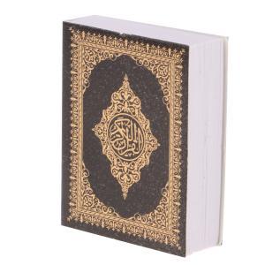 説明: 1/6スケールミニ聖書ブックドールハウスミニチュアシーンの装飾これは、茶色のカバーとミニ版の...