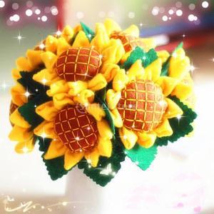 説明: イエローひまわりフェルトキットニードルフェルトクラフトキットDIY縫製パッケージ鉢植えの花、...