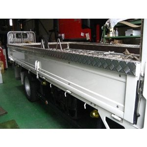 Gキャンター標準 10尺ボディ あおり笠木 3方(ステンレス平板)|stn-art-g-1