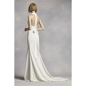Extra Length High Neck Halter Crepe Sheath Gown  こ...