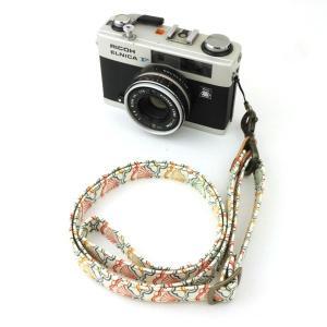和柄ネックストラップ!13梅波 アンティーク着物で製作したレトロなカメラストラップ!|studio-ichi