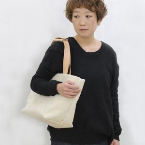 1号帆布 トートバッグ Mサイズ 横長 canvas キャンバス 極厚 ヌメ革 シンプル 綿 コットン 名入れ 刻印|studio-ichi|05