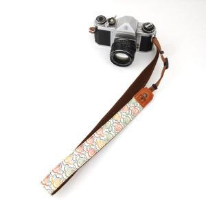 カメラストラップ 一眼レフ 和柄 デジカメストラップ 着物n45梅波|studio-ichi