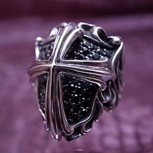 送料無料 シルバーアクセサリー 純銀 シルバー925 リング 指輪  黒い紋章を覆う十字架 誕生日 プレゼント ギフト 贈り物 ギフトBOX付|style-on-stage
