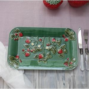 スタイルロココ アンティークな輸入食器 レクトプレート 長方形 皿(ストロベリー・イチゴモチーフ) ボルダロ・ピニェイロ ポルトガル製 おしゃれ シャビーシック アンティーク風 洋食器