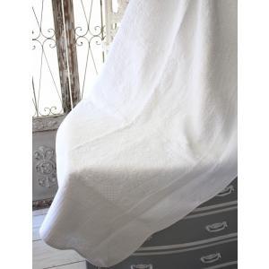 ホワイトキルトシリーズ♪♪ 【アラベスク柄・キルティングスロー 140×200】 キルティング マルチカバー キルティングラグ 敷物 布製 フレン|style-rococo|02