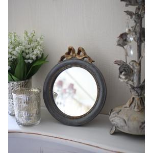 スタイルロココ シャビーシックなリボンミラーS 丸形 グレイ×ゴールド 壁掛け卓上両用 アンティーク風 雑貨 フレンチカントリー 鏡