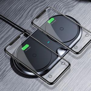 スマホ用ワイヤレス充電器。スマホ2台を同時に高速充電できる便利なQi無接点式QC3.0高速チャージャ...