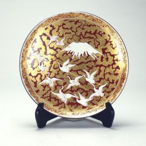 日本工芸会正会員 高明作 8.5号飾皿 金欄手富士に鶴図|stylence