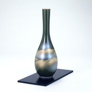 九谷焼 8号つる首花瓶 オリベ金連山 (花台付)|stylence