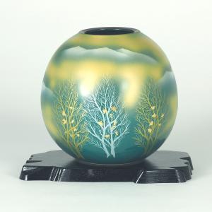 九谷焼 5.5号花瓶 金箔木立連山 (花台付)|stylence