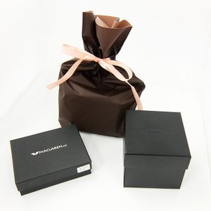 当店取扱いの腕時計や財布に使えるラッピング袋のオプションサービスになります。  こちらは、巾着式とな...