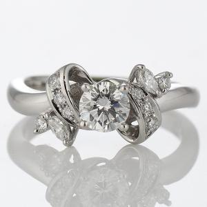 エンゲージリング 婚約指輪 ダイヤモンド ダイヤ プラチナ リング 夏|suehiro