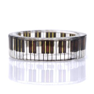 指輪レディース ピアノリング【今だけ代引手数料無料】|suehiro