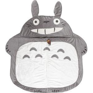 大きなトトロに包まれながらお昼寝できるシュラフ。ファスナーにはどんぐりのマスコットが付いています。小...