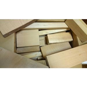 ★良質★青森ひばの端材です(青森ヒバ材の木っ端)ずっしり約8.6kg|sugimoku