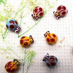 インドガラス てんとう虫 16×12mm 2ヶ入り|sumaccessory
