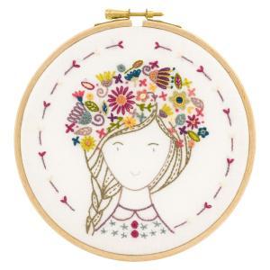 044-70907 Eglantine fleur des champs(お花畑のエグランティーヌ)|sun-k